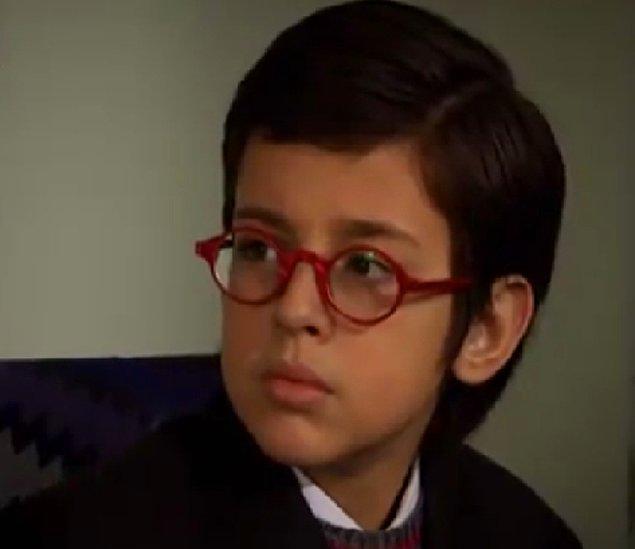 """""""Gözlüklü Çocuk: Kaan"""""""