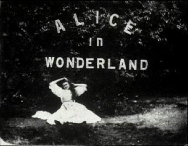 12- Lewis Carrol - Alice Harikalar Diyarında