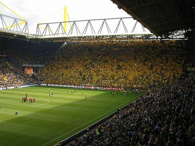 1. Borussia Dortmund