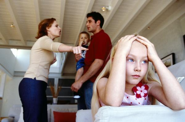 16 Phrases Giving Away Overprotective Parents! - onedio co