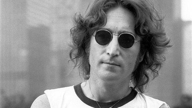 """2. """"Her zaman olduğu gibi,her aptal adamın arkasında mükemmel bir kadın vardır.""""  - John Lennon"""