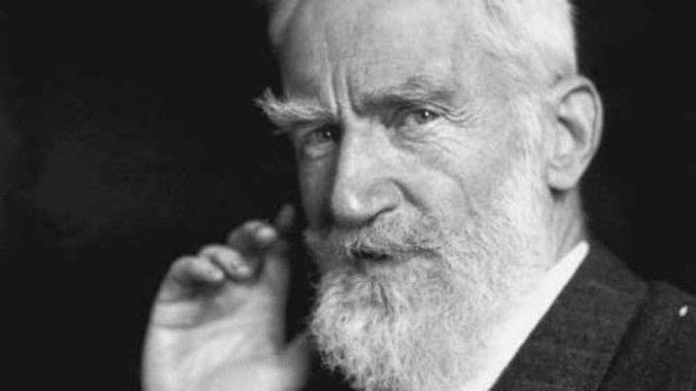 """12. """"Kadınların siyasal güçleri yoktur sözde; oysa akıllı kadınlar, aptal kocalarını hiç güçlük çekmeden parlamentoya sokar, hatta bakan koltuklarına oturturlar."""" -  Bernard Shaw"""