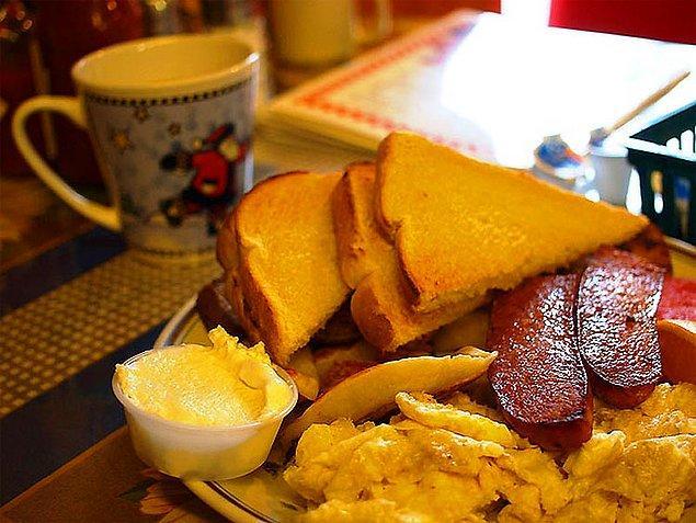 12. Kanada kahvaltısı