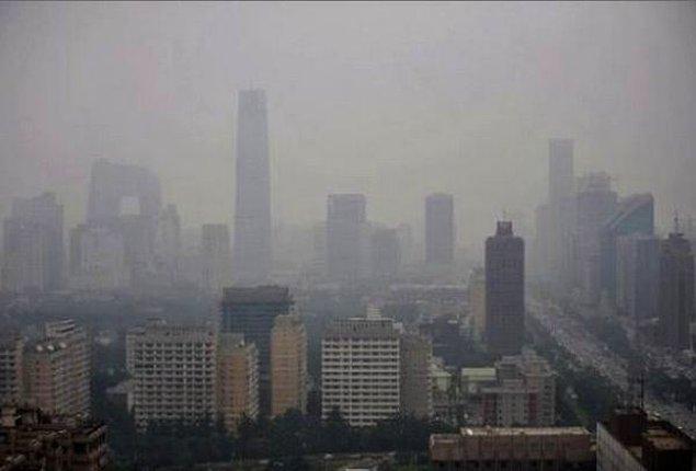 9. Çin'deki hava kirliliği öyle kötü bir seviyede ki, Pasifik'i aşıp San Francisco'ya ulaşarak, şehir kirliliğinin üçte birini oluşturuyor.