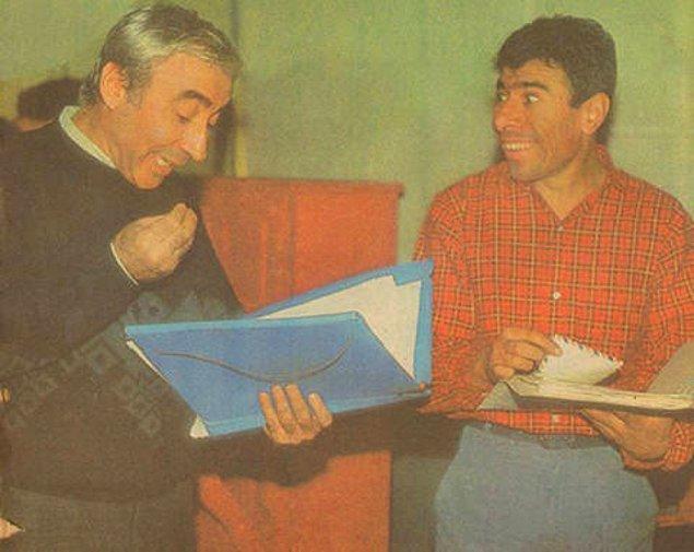 8. Şener Şen ve İlyas Salman bir müzikal için provada.