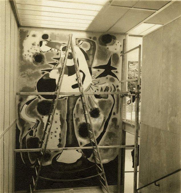 9. Picasso'nun Guernica'sı, Miró'nun Orakçı'sı vardır!