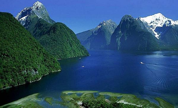 Fiordland National Park, Fiordland - New Zealand
