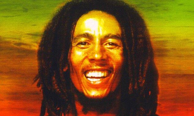 2. Robert Nesta Marley ( Bob Marley ) sadece Reggea müziğin yaratıcısı değil , Jamaikanın kahramanıdır.