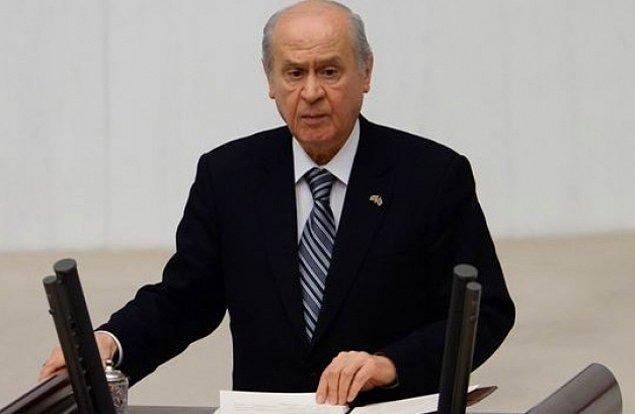 Bahçeli: 'Türkiye Eriyor, Vatan Tartışılıyor, Teröristler Baş Tacı Yapılıyor'
