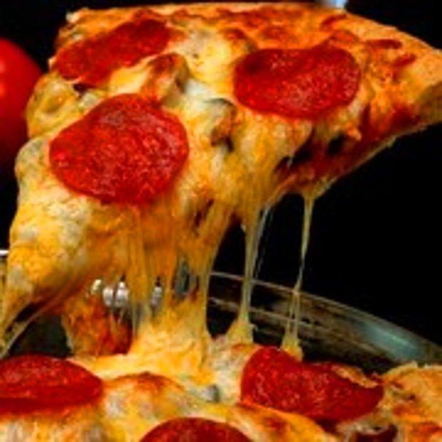 Sucuklu Pizza