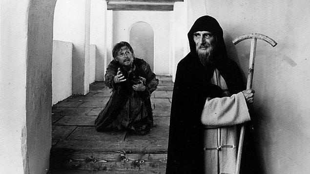 5. İkinci filmi Andrey Rublev  (1969), 1971'e kadar Sovyet yetkililerce yasaklanmış olarak kaldı. Cannes   Film Festivali dahilinde, ödül almaması için kasıtlı olarak festivalin son günü sabah saat 4:00'te gösterilmesine rağmen bir ödül kazanmayı başardı.