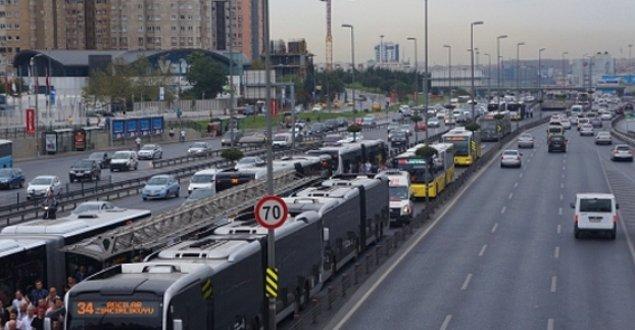 11. Topkapı, Cevizlibağ - Metrobüsü boş görmeyenlerin adresi