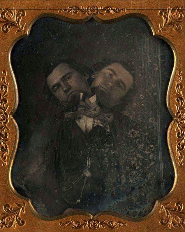 1. Çift Başlı Adam, 1855