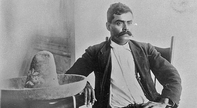 5. 1910 yılına Zapata, Porfirio Diaz iktidarına karşı, Francisco I. Madero'nun adaylığını bir fırsat olarak gördü ve Modero ile gizli bir ittifak kurdu.