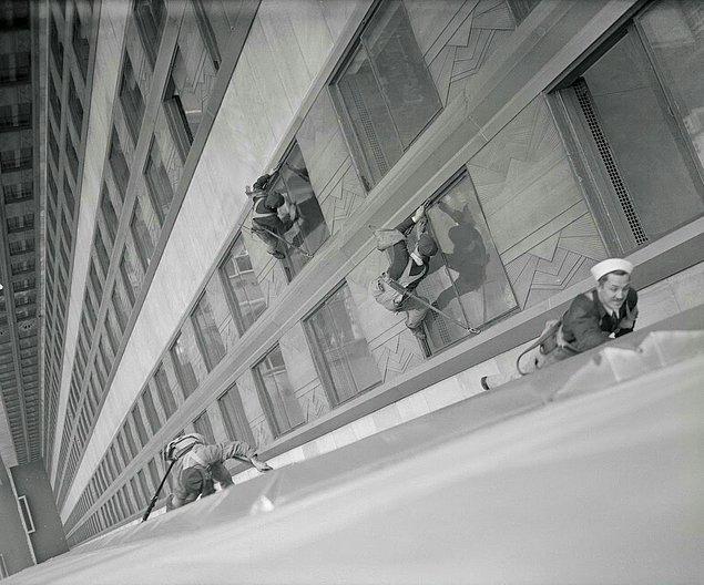 Aynı zamanda çalışan sayısı sıkça değiştiği için Empire State inşaatında toplam çalışan sayısı hiçbir zaman net olarak verilememiş.