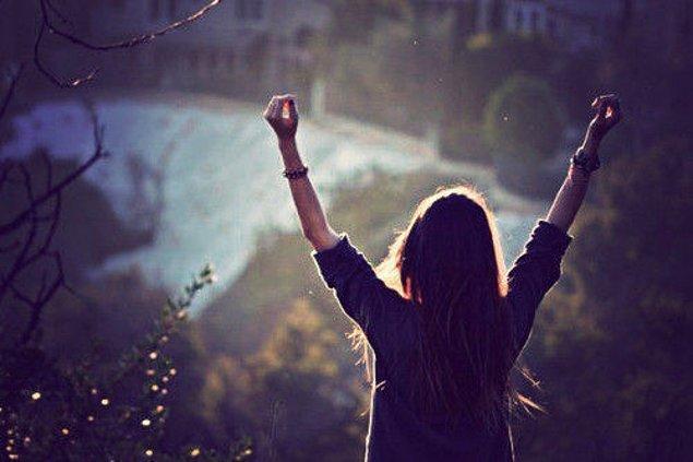 9. Yaşamda 'mükemmel' olanı bulabileceğimize inanıyoruz.