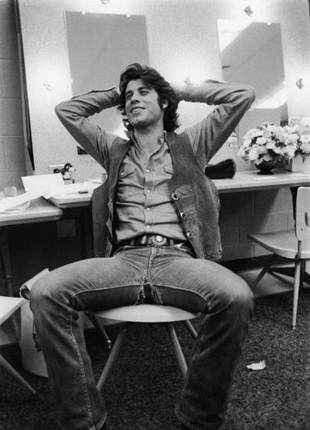 11. John Travolta 1975 Yılında Bile Karizma