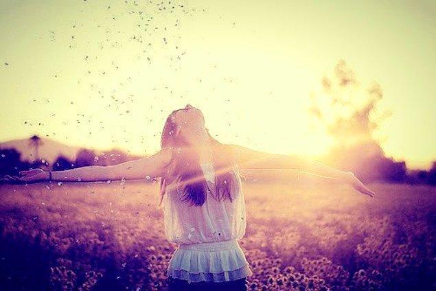 14. Onlar için yaşamanın anlamı hayal kurmaktır.
