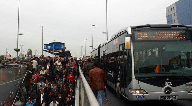İETT: '1 Mayıs'ta Söğütlüçeşme-Cevizlibağ metrobüs hattı hizmet vermeyecek'