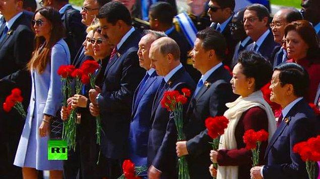30 lider Kızıl Meydan'da