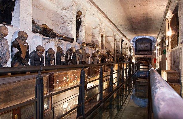 Capuchin Crypt holds the bones of some 4,000 dead Capuchin monks. It is located right under the Santa Maria della Concezione Church in Rome.