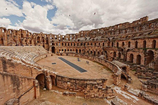 Amphitheater of El Jem in Tunisia, built in the third century. It can held 35,000 spectators at once.