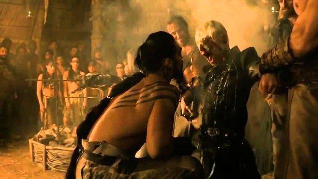 Viserys Targaryen: Dany! Lütfen!