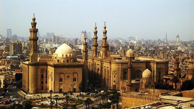 18. Sultan Hasan Medresesi Camii, Kahire, Mısır