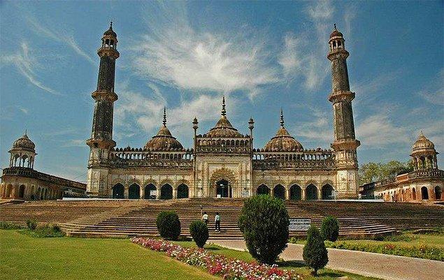 51. Asafi Camii, Lucknow, Hindistan