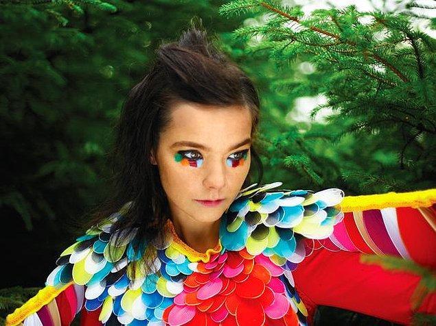 """""""Björk"""" çıktı!"""
