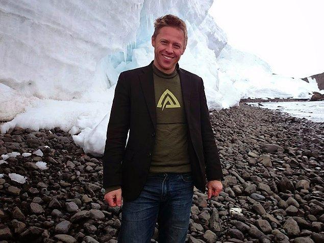 Antarktika dahil her yere ceketiyle giden Gunnar iç ceplerinde pasaport, telefon ve cüzdan gibi önemli eşyalarını taşıdığını söylüyor.