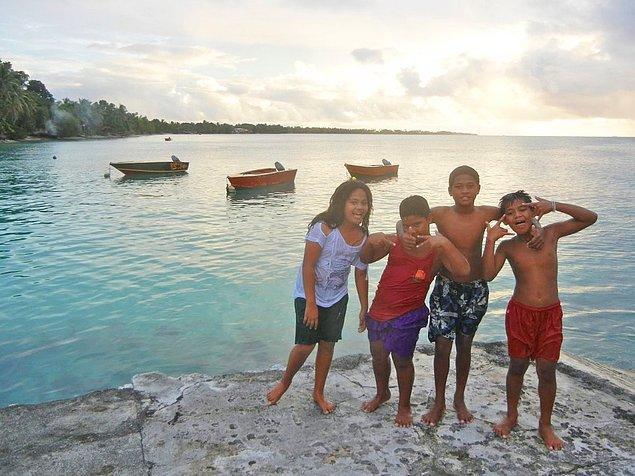 Gunnar, okyanus seviyesi yükseldiğinde ilk ortadan kaybolacak ülke olduğunu söylediği Tuvalu'da.