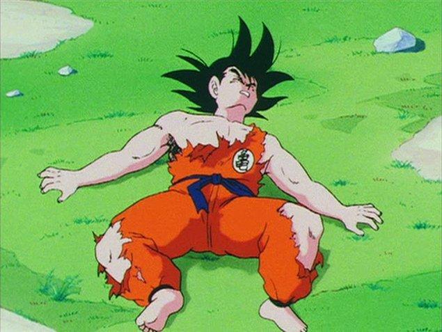 2. Favori animenin gelecek sezonunun birkaç yıl yayınlanmayacağını öğrendiğin zaman.