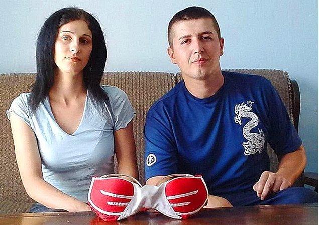 Her şey güvenlik görevlisi olan Milan Milić'in sevgilisinin, daha büyük göğüslere sahip olmayı istemesiyle başladı.