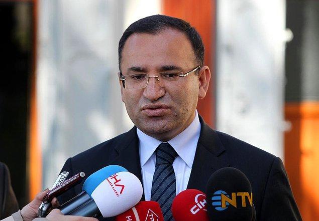 Adalet Eski Bakanı Bekir Bozdağ: 'Şiddetle kınıyorum'