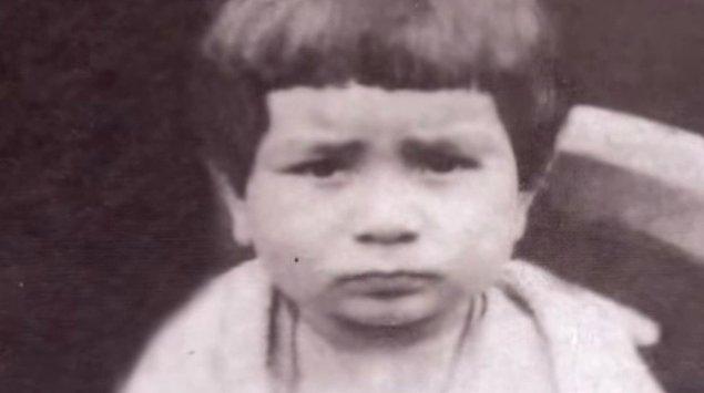 16 Nisan 1933'te Akçaabat - Trabzon'da dünyaya geldi ünlü sanatçı. Dünyaya geldiği toprakları masal ülkesi olarak tanımlıyordu...