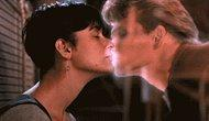 25 Iconic Kisses We Can Never Forget!