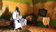 Как ведут себя люди перед телевизором в разных странах