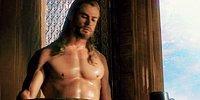 Криса Хемсворта теперь не узнать! Он похудел на десятки килограммов для новой роли в кино.