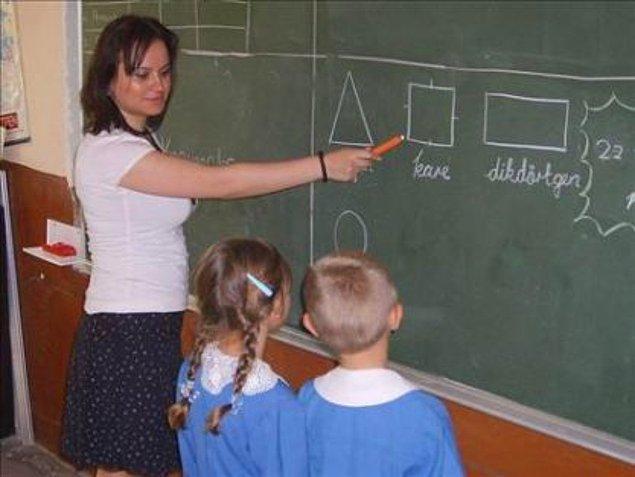 20. Zor iştir öğretmen olmak, kutsaldır. Her ne kadar bazen kendi mesleğinden olanlar bile bunu umursamasa da bu kutsala sahip çıkmaktır.