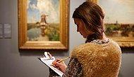 Музей попросил посетителей оставить свои камеры и смартфоны дома, предложив взамен заняться рисованием