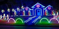 Рождественское световое шоу под музыку жанра дабстеп