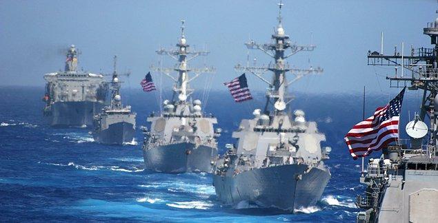 Silahlı adamlar harekete geçmedi, kaçtılar... Boğazı geçtin, ancak Marmara Denizi'nde bekleyen 5 ABD savaş gemisi karşında... Şimdi iş daha ciddi!