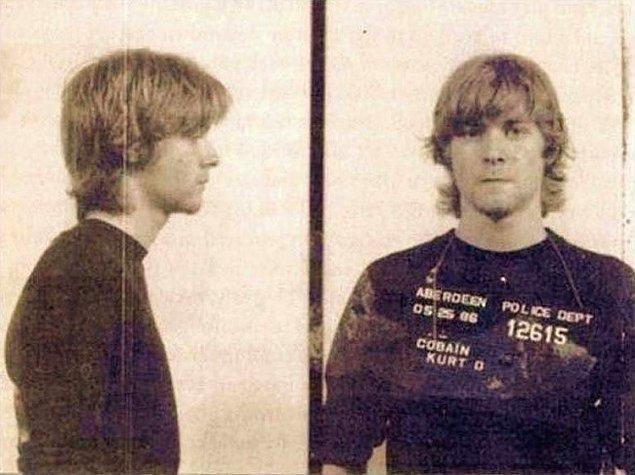 21. Kurt Cobain tutuklandığında.