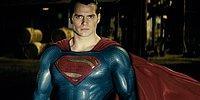 Бэтмен против Супермена: в чьих руках окажется вселенная?