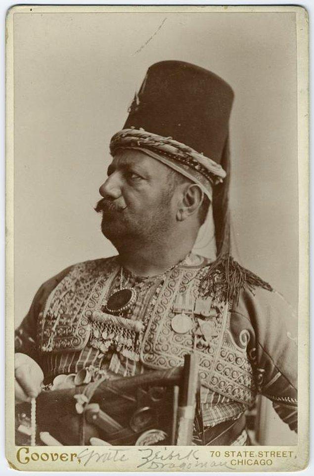 3. Amerika'dan yolu geçmiş bir Türk