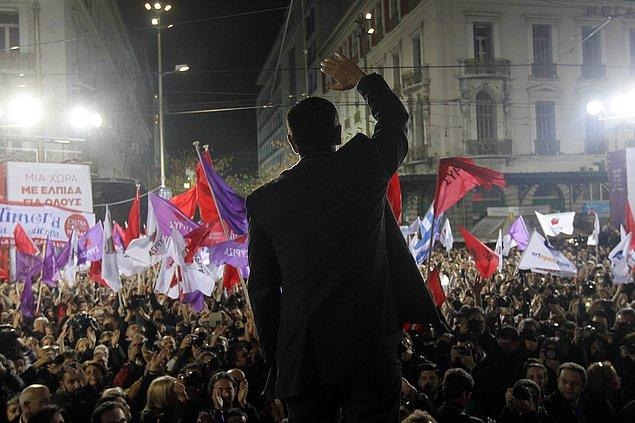 SYRIZA, Temmuz 2014'de kreditörlerle 3. Kurtarma Paketi için anlaşmaya varmıştı