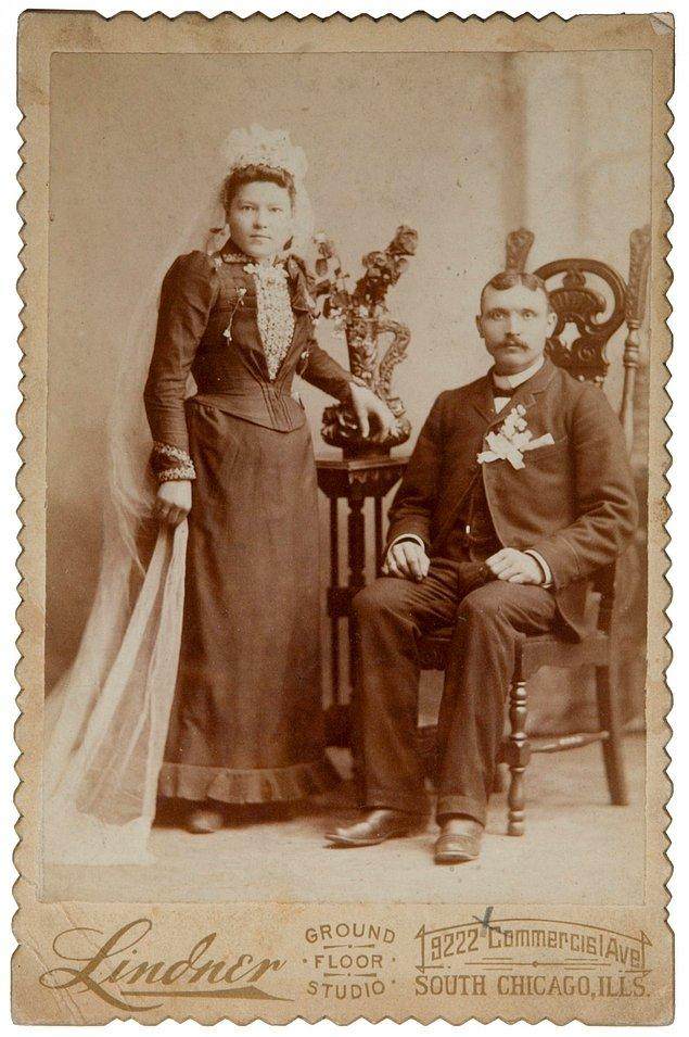 23. Batılı kadınların bugün alışıldık olan beyaz gelinliği giymesi 1840 yılına dayanıyor.