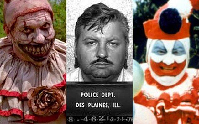 10. John Wayne Gacy, ergenlik çağındaki 33 erkek çocuğu öldürmekten hüküm giydi.
