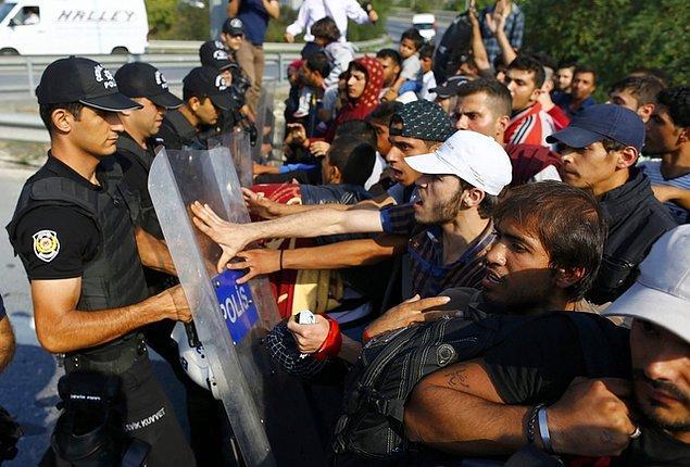 'Suriyelilerin yasal yollarla Avrupa'ya gelmesini sağlamak istiyoruz'